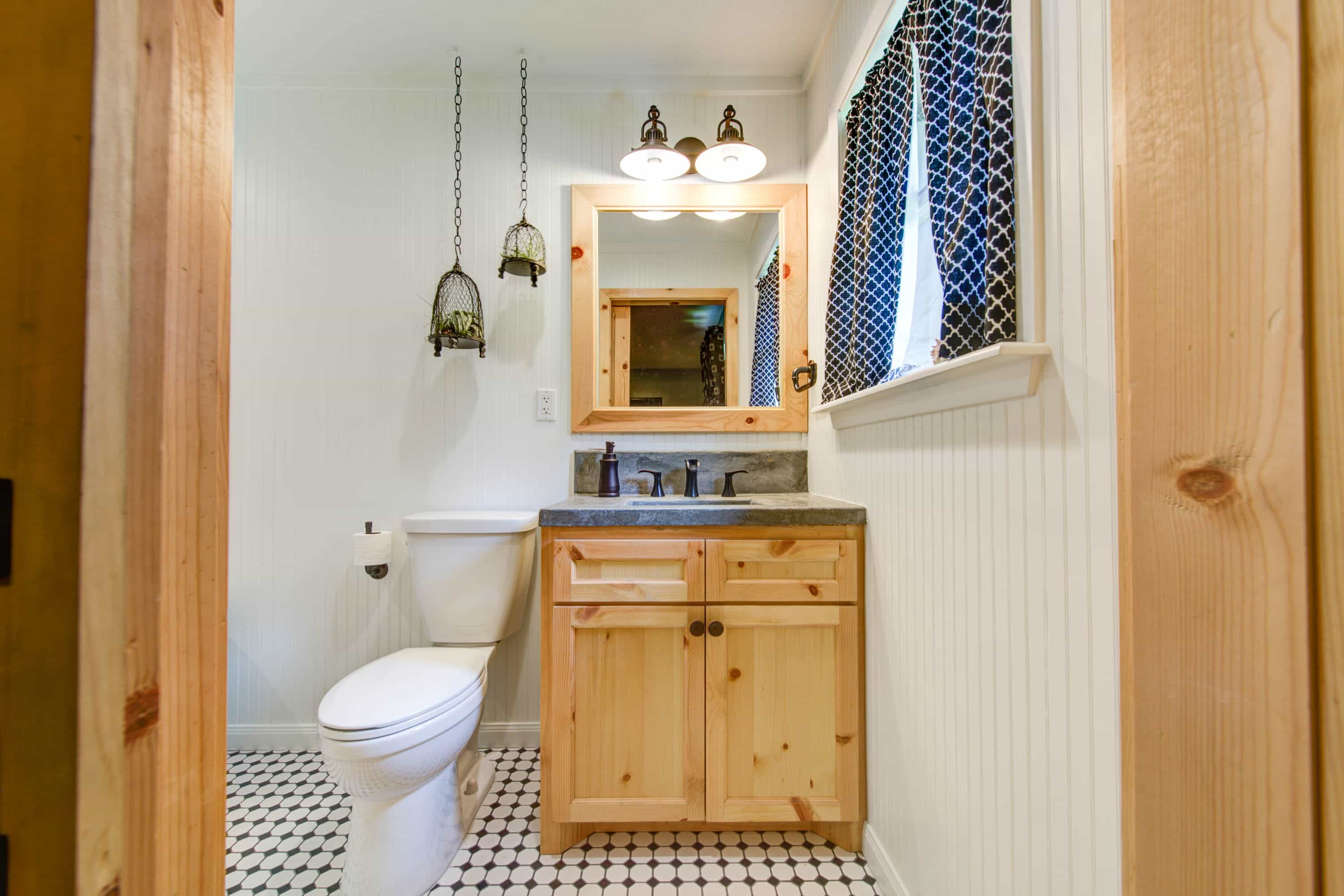 Bathroom remodeling houston tx powers remodeling for Bathroom remodel 77084